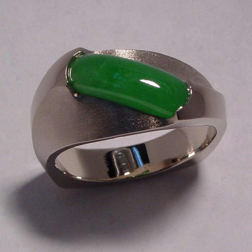 14k White Gold Jade Sculpture Ring
