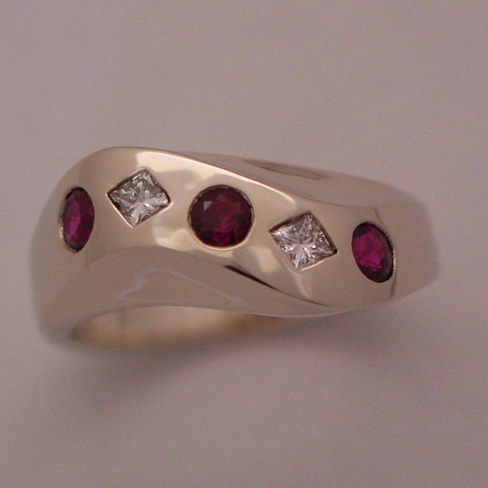 14k White Gold Ruby and Diamond Sculpture Ring