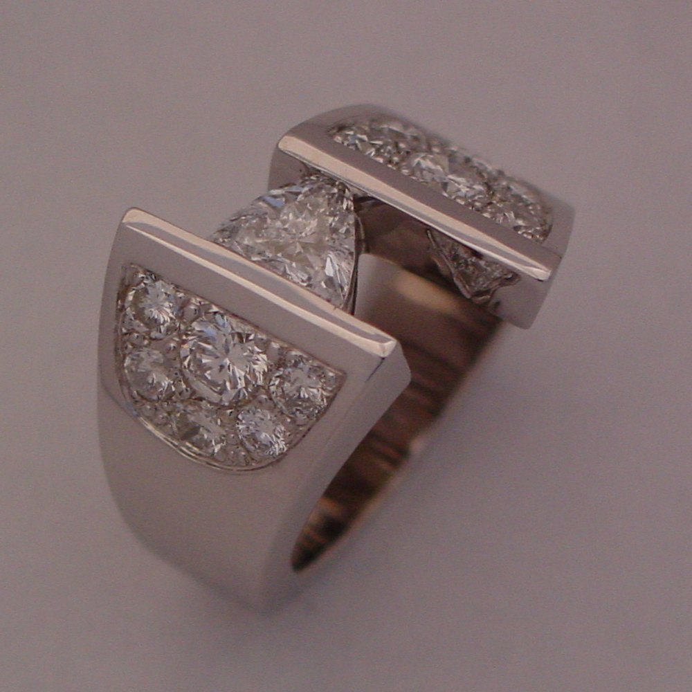 14k White Gold Trillion Cut Center Diamond and Pave Sides