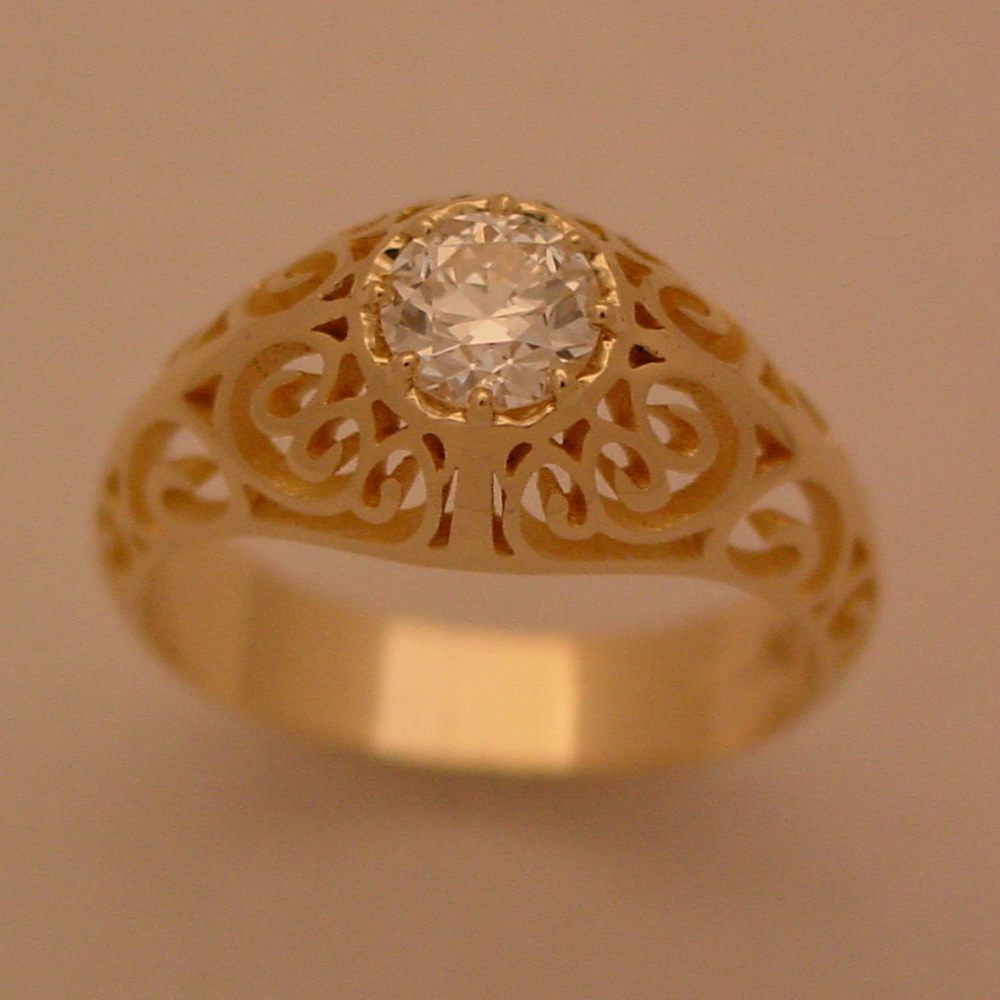 14k Yellow Gold Diamond Filigree Ring