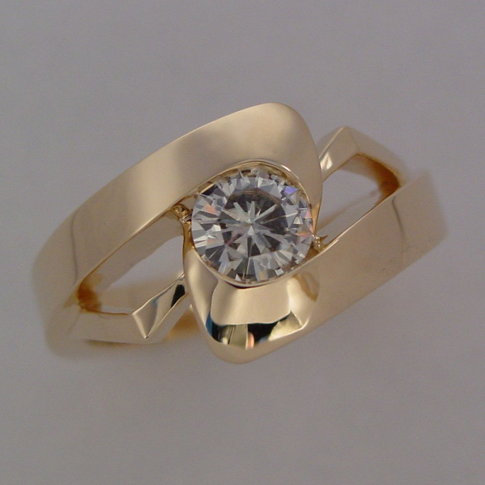 14k Yellow Gold Man's Diamond Ring