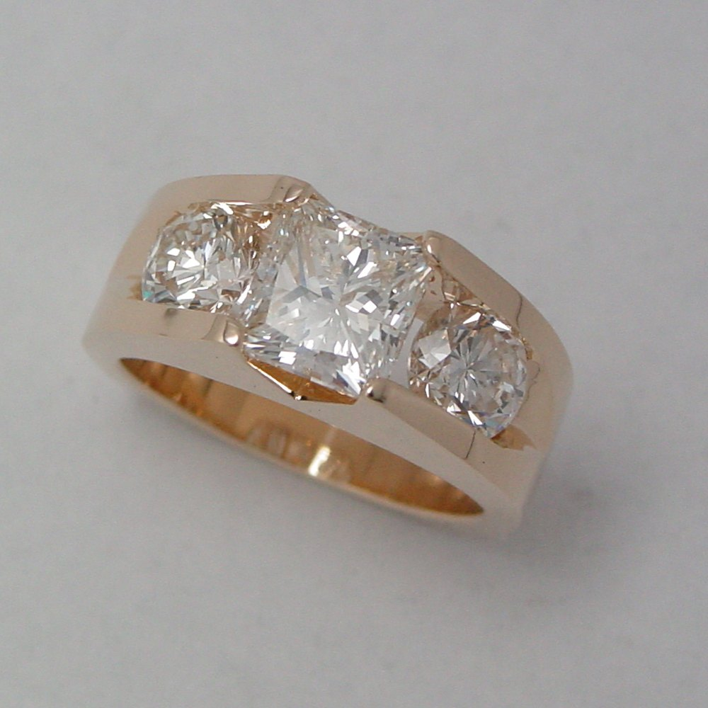 14k Yellow Gold Princess Cut and Round Diamond Aspen Ring
