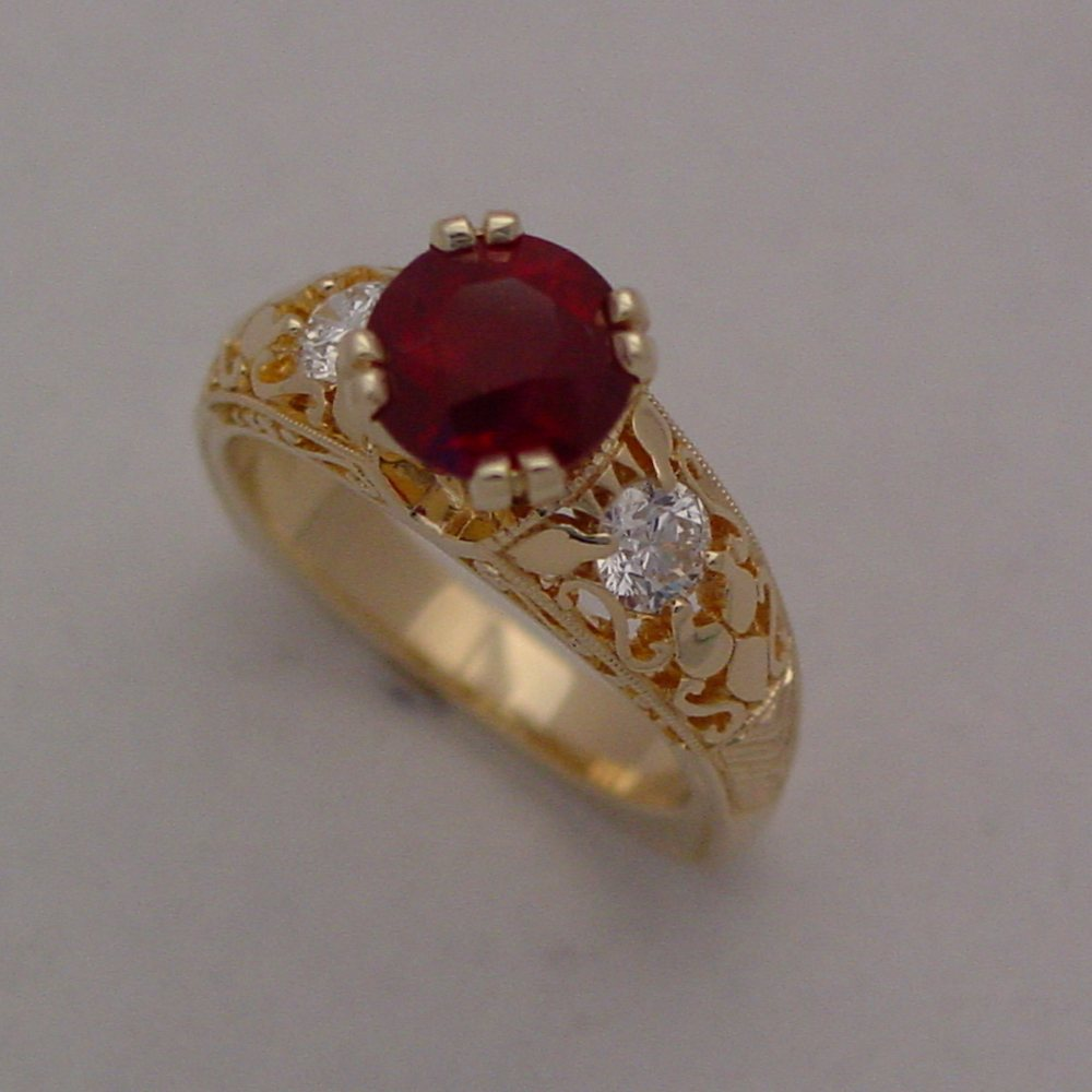 18k Yellow Gold Natural Ruby and Diamond Filigree Ring